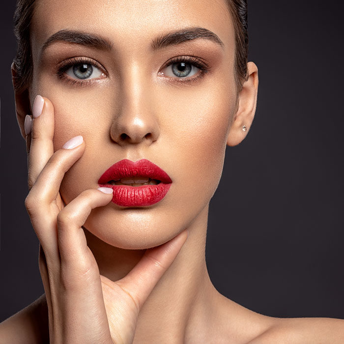 Recepta na piękne usta – naturalne metody pielęgnacji i powiększanie ust mogą iść w parze! Katowice